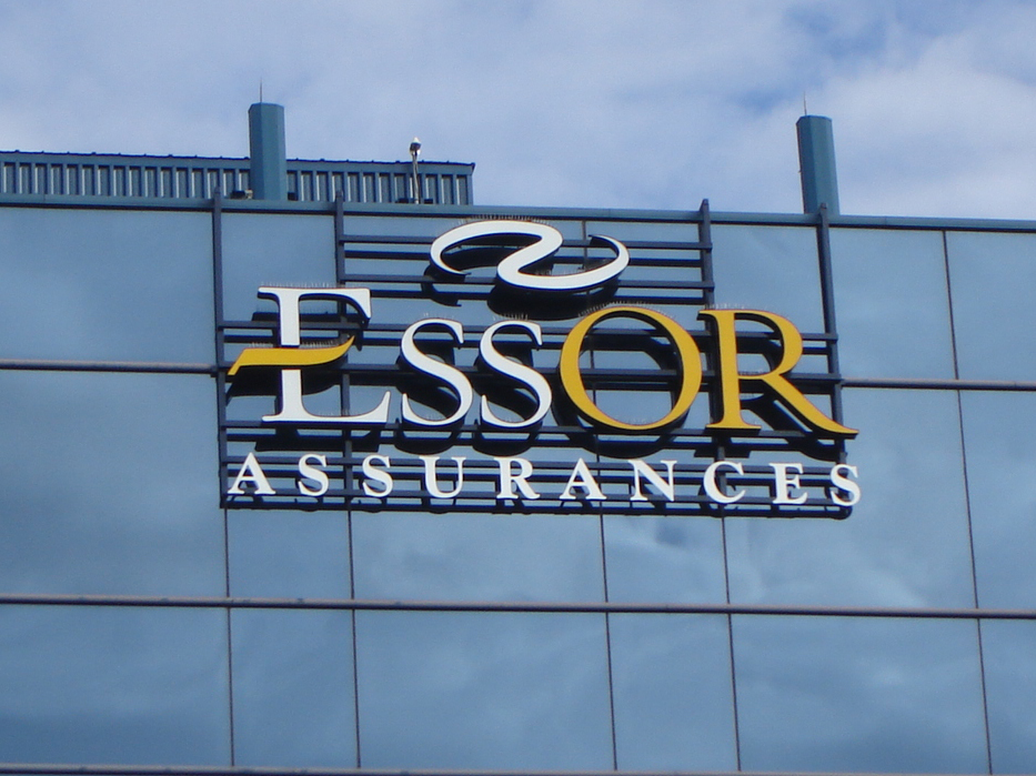 PoitrasIndustries_Enseignes_Exterieure_EssorAssurances