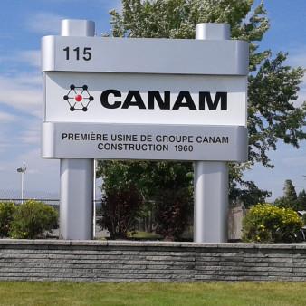 PoitrasIndustries_Enseignes_Pylone_Canam
