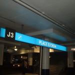 Quartier Dix30, enseigne, enseignes, enseigne lumineuse, enseignes lumineuses, lettres lumineuses, enseigne québec, enseigne intérieure, enseigne commerciale, lettrage, affichage, visibilité, affiche commerciale, lumineux, ville de québec, service, qualité, image de marque, boîtier lumineux, boite lumineuse, lettres d'acrylique, lettres relief, signalisation, signalisation architecturale, signalisation intérieure, signalétique, lettres découpées, identification d'étages,